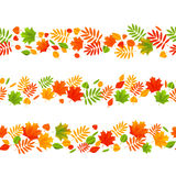 Insieme dei confini senza cuciture di autunno illustrazione di stock