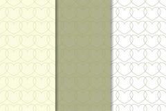 Insieme dei cuori verde oliva come modello senza cuciture Ambiti di provenienza romantici Fotografia Stock