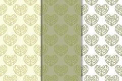 Insieme dei cuori verde oliva come modello senza cuciture Ambiti di provenienza romantici Fotografia Stock Libera da Diritti