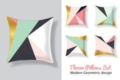 Insieme dei cuscini verdi della menta e rosa di tiro nell'accoppiamento dei modelli geometrici astratti moderni unici dei triango Immagini Stock Libere da Diritti