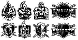Insieme dei distintivi con i guerrieri antichi per fondo bianco illustrazione di stock