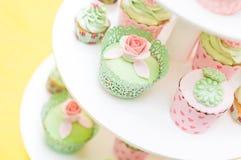 Insieme dei dolci casalinghi deliziosi Immagine Stock