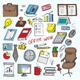 Insieme dei elemets di lavoro in ufficio Fotografie Stock