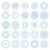 Insieme dei fiocchi di neve decorativi, raccolta dei modelli blu di progettazione di inverno Fotografia Stock Libera da Diritti