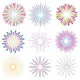 Insieme dei fuochi d'artificio luminosi e variopinti Fuoco d'artificio di evento di festa e del partito illustrazione vettoriale