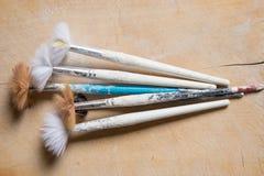 Insieme dei pennelli utilizzati Immagine Stock