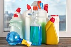 Insieme dei prodotti chimici per pulizia della casa Immagine Stock Libera da Diritti
