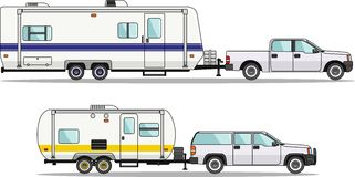 Insieme dei rimorchi di viaggio e dell'automobile su un bianco Fotografia Stock