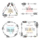 Insieme dei telai delle frecce, frecce tribali Piume etniche Stile di Boho illustrazione di stock