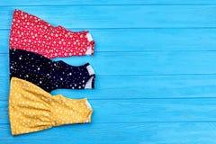 Insieme dei vestiti da estate della neonata Fotografia Stock Libera da Diritti