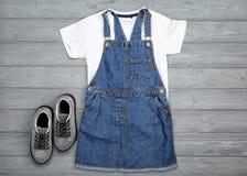 Insieme dei vestiti del ` s del bambino Immagine Stock Libera da Diritti