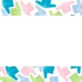 Insieme dei vestiti per i bambini ed i bambini, fondo bianco Immagine Stock