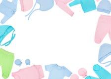 Insieme dei vestiti per i bambini ed i bambini, isolamento Fotografie Stock Libere da Diritti