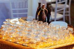 Insieme dei vetri sulla tavola Immagini Stock