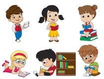 Insieme del bambino che legge un libro Vettore ed illustrazione Immagine Stock