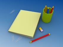Insieme del banco della matita, del taccuino e di altro Immagine Stock Libera da Diritti