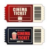 Insieme del biglietto del cinema Un modello di due biglietti realistici di film isolati su fondo bianco Vettore illustrazione di stock