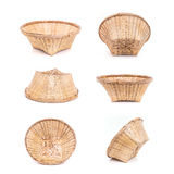 Insieme del canestro di bambù vuoto fatto a mano su bianco Fotografia Stock Libera da Diritti