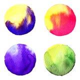 Insieme del cerchio dipinto a mano dell'acquerello variopinto isolato su bianco Illustrazione per progettazione artistica Macchie Fotografia Stock