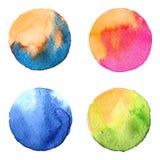 Insieme del cerchio dipinto a mano dell'acquerello variopinto isolato su bianco Illustrazione per progettazione artistica Macchie Immagini Stock Libere da Diritti