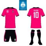 Insieme del corredo di calcio o modello del jersey di calcio per il club di calcio Logo piano di calcio sull'etichetta blu Unif a illustrazione di stock