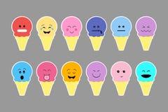 Insieme del gelato, con la crema di colore ed il fronte differente di emozione Fotografie Stock
