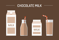 Insieme del latte al cioccolato in pacchetti differenti Fotografia Stock Libera da Diritti