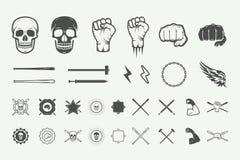 Insieme del logo d'annata di arti marziali o di combattimento, emblema, distintivo royalty illustrazione gratis