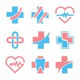 Insieme del logo trasversale medico Modello di progettazione di logo della farmacia Logo del dente Marchio dentale Logo del centr illustrazione di stock