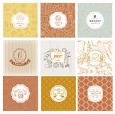 Insieme del logos del forno di vettore Etichette delle pasticcerie e del pane Immagine Stock