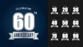 Insieme del logotype di anniversario Embl d'argento di celebrazione di anniversario royalty illustrazione gratis