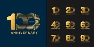 Insieme del logotype di anniversario Progettazione dorata dell'emblema di celebrazione di anniversario per il profilo aziendale,  illustrazione di stock