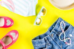 Insieme del panno dei bambini di estate Immagini Stock