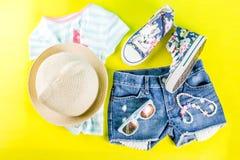 Insieme del panno dei bambini di estate Fotografie Stock Libere da Diritti