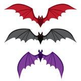 Insieme del pipistrello con le grandi ali a colori nello stile piano Fotografie Stock