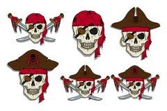 Insieme del pirata del cranio Roger allegro illustrazione vettoriale
