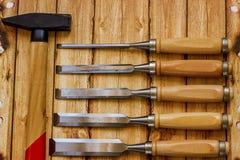 Insieme del professionista degli strumenti per il carpentiere su un fondo di legno Fotografia Stock Libera da Diritti