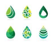 Insieme del simbolo verde astratto delle gocce di acqua Fotografia Stock