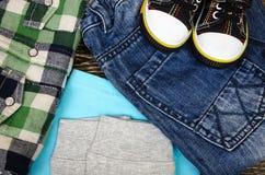 Insieme dell'abbigliamento del ` s dei bambini Immagine Stock Libera da Diritti