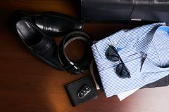 Insieme dell'abbigliamento di affari del ` s degli uomini Fotografie Stock Libere da Diritti