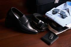 Insieme dell'abbigliamento di affari del ` s degli uomini Immagini Stock