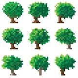 Insieme dell'albero verde del pixel. Immagini Stock