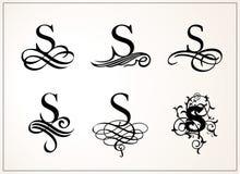 insieme dell'annata Lettera maiuscola S per i monogrammi ed il logos Bella fonte a filigrana Stile vittoriano Fotografia Stock