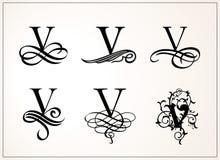 insieme dell'annata Lettera maiuscola V per i monogrammi ed il logos Bella fonte a filigrana Stile vittoriano Fotografia Stock