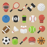 Insieme dell'attrezzatura di sport nella progettazione piana Fotografia Stock Libera da Diritti
