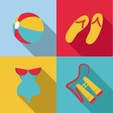 Insieme dell'icona degli accessori della spiaggia di estate Fotografie Stock