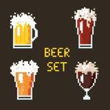 Insieme della birra del pixel illustrazione di stock
