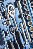 Insieme della chiave a bussola in scatola di plastica Immagini Stock