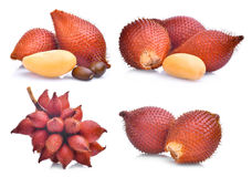 Insieme della frutta del salak, zalacca di salacca isolata su bianco Fotografie Stock