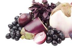 Insieme della frutta e delle verdure viola, isolato Fotografie Stock Libere da Diritti